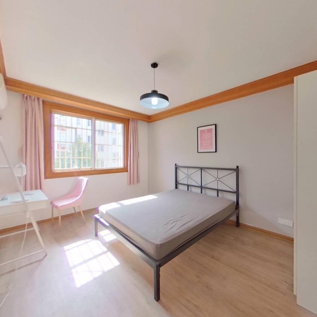 合租·海东公寓 3室1厅 北卧室图