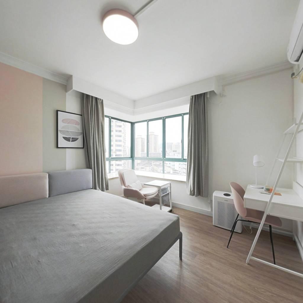 合租·九九园 4室1厅 东卧室图