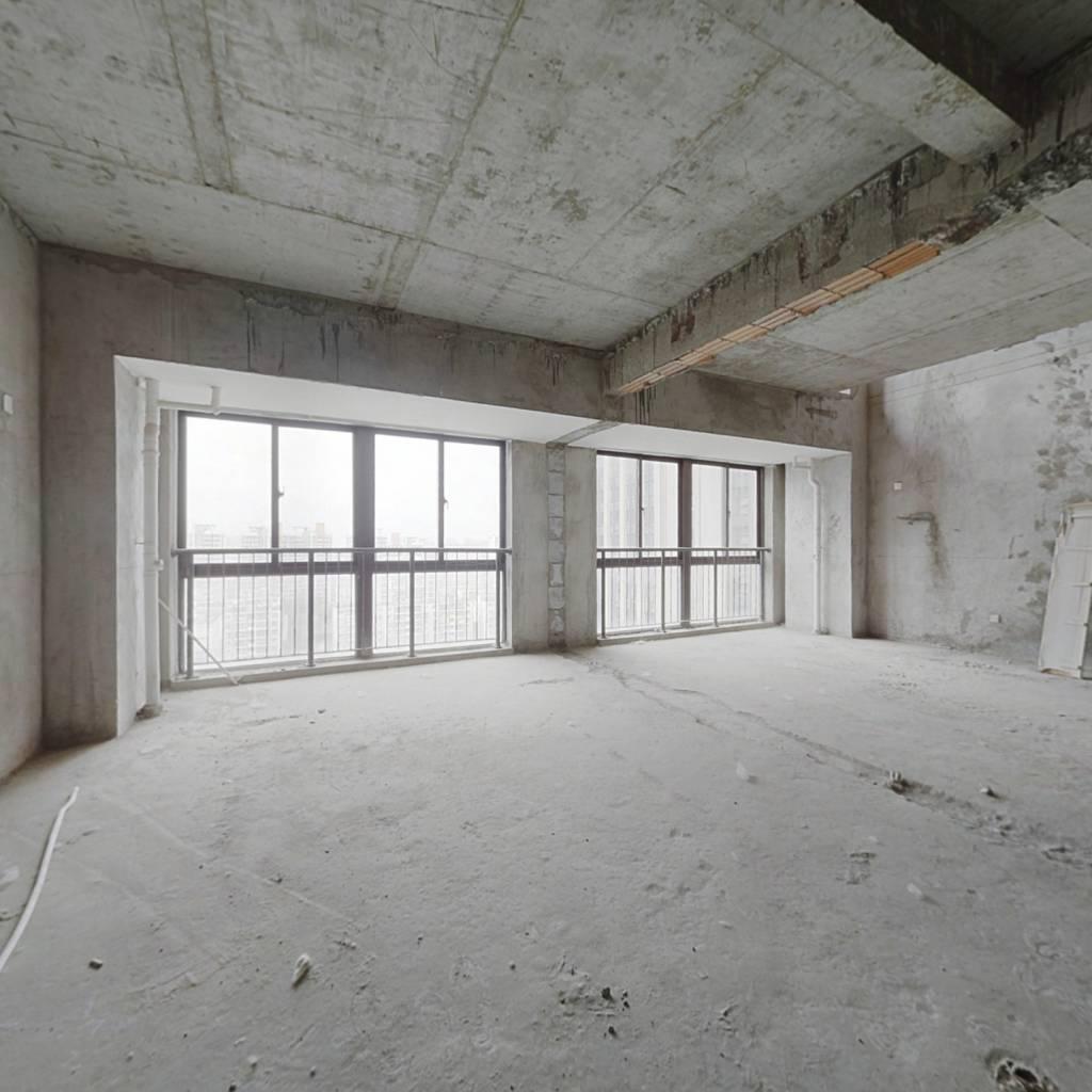 武里山天街小面积复式公寓,业主诚心卖