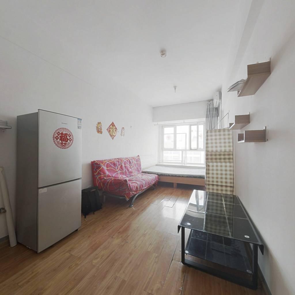 祥泰汇东国际简装公寓出售,业主诚心卖