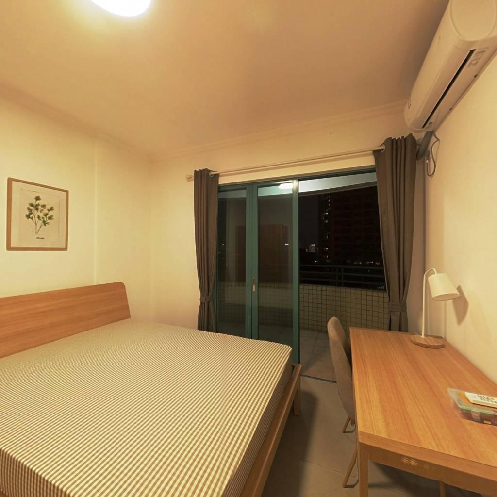 合租·叠翠台 3室1厅 南卧室图