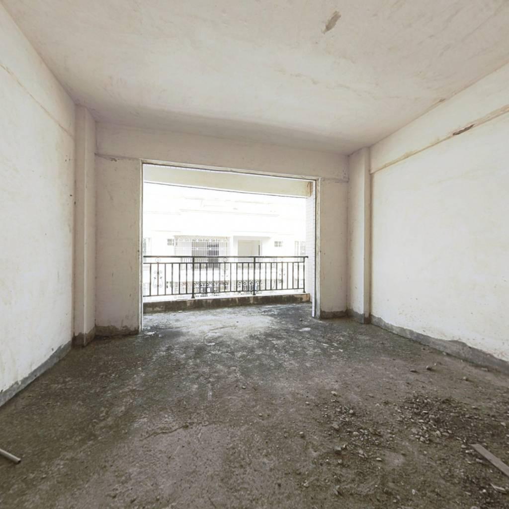 高铁新城 义和商葉广场朝北2房1厅 很安静