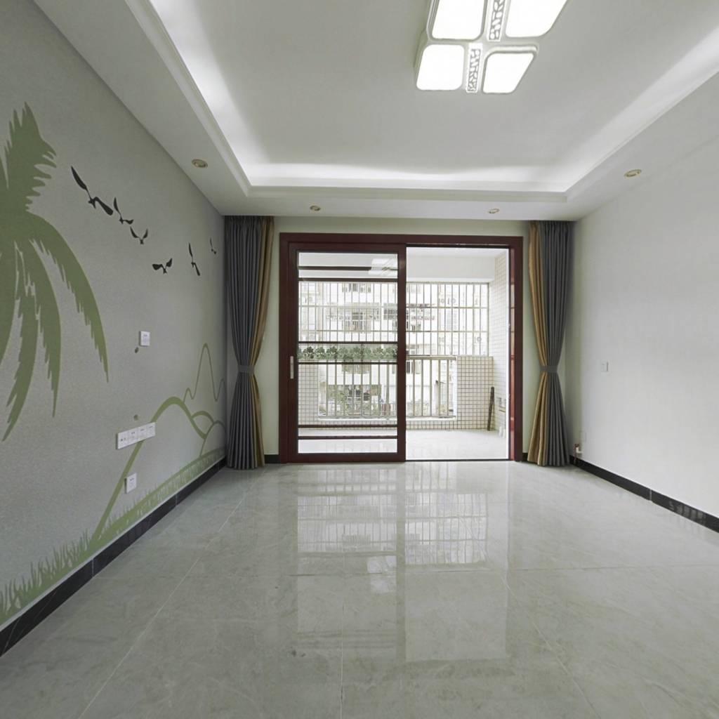 南泰明湾 90.2平米 3房2厅2卫 精装修三房