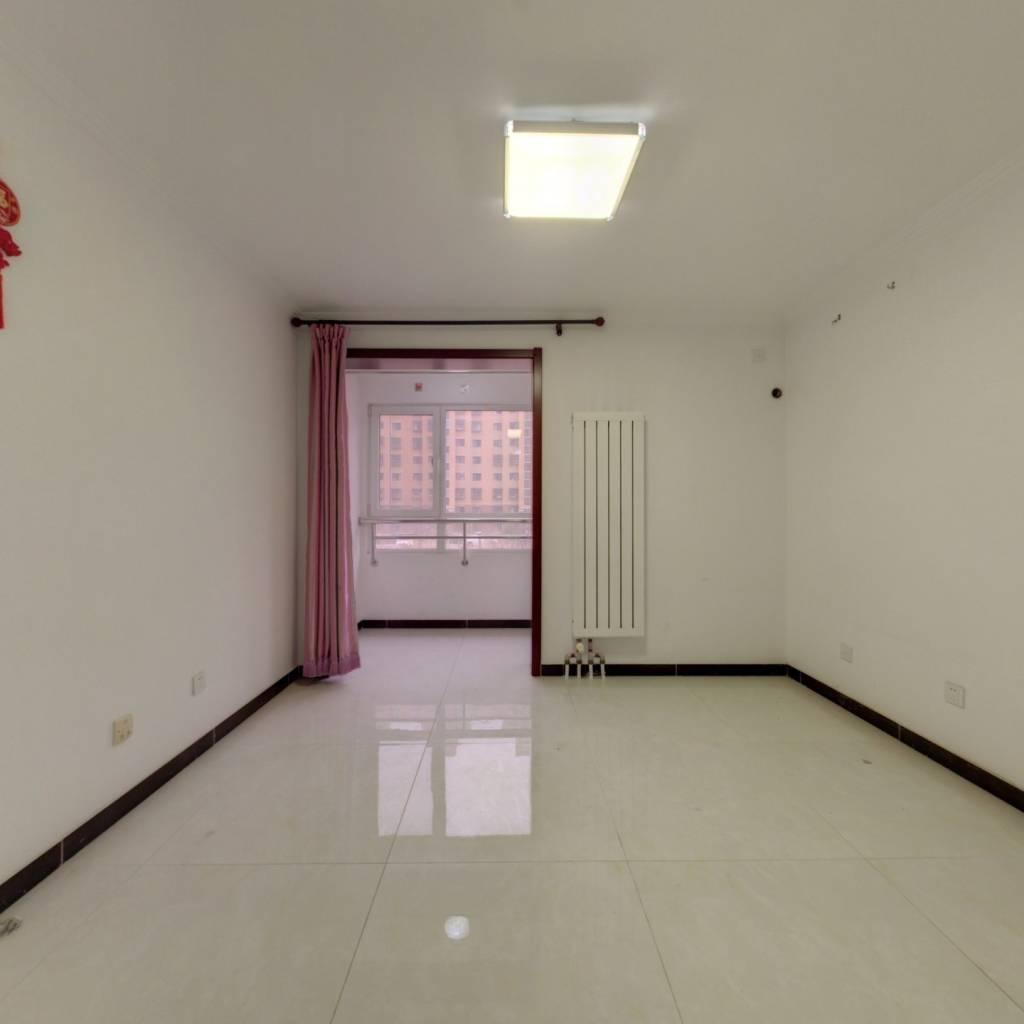 佟馨家园南向一居 电梯房满两年不临街