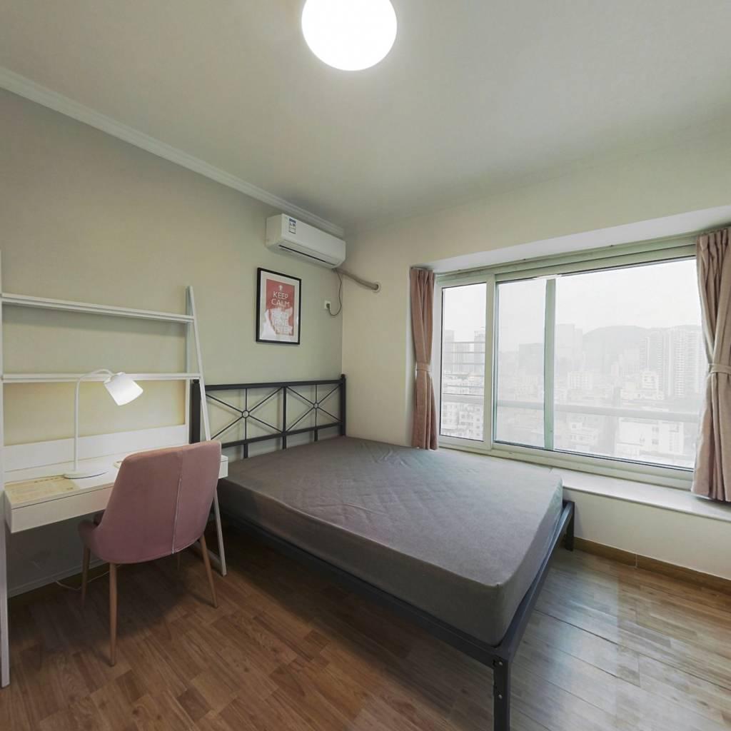 合租·前海明珠 4室1厅 东卧室图