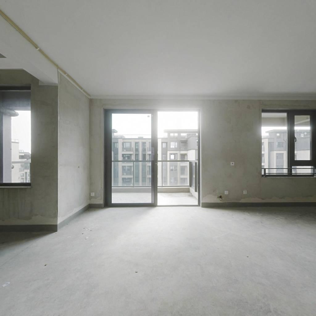 房子楼层佳  视野好  采光充足  户型方正  看房随时