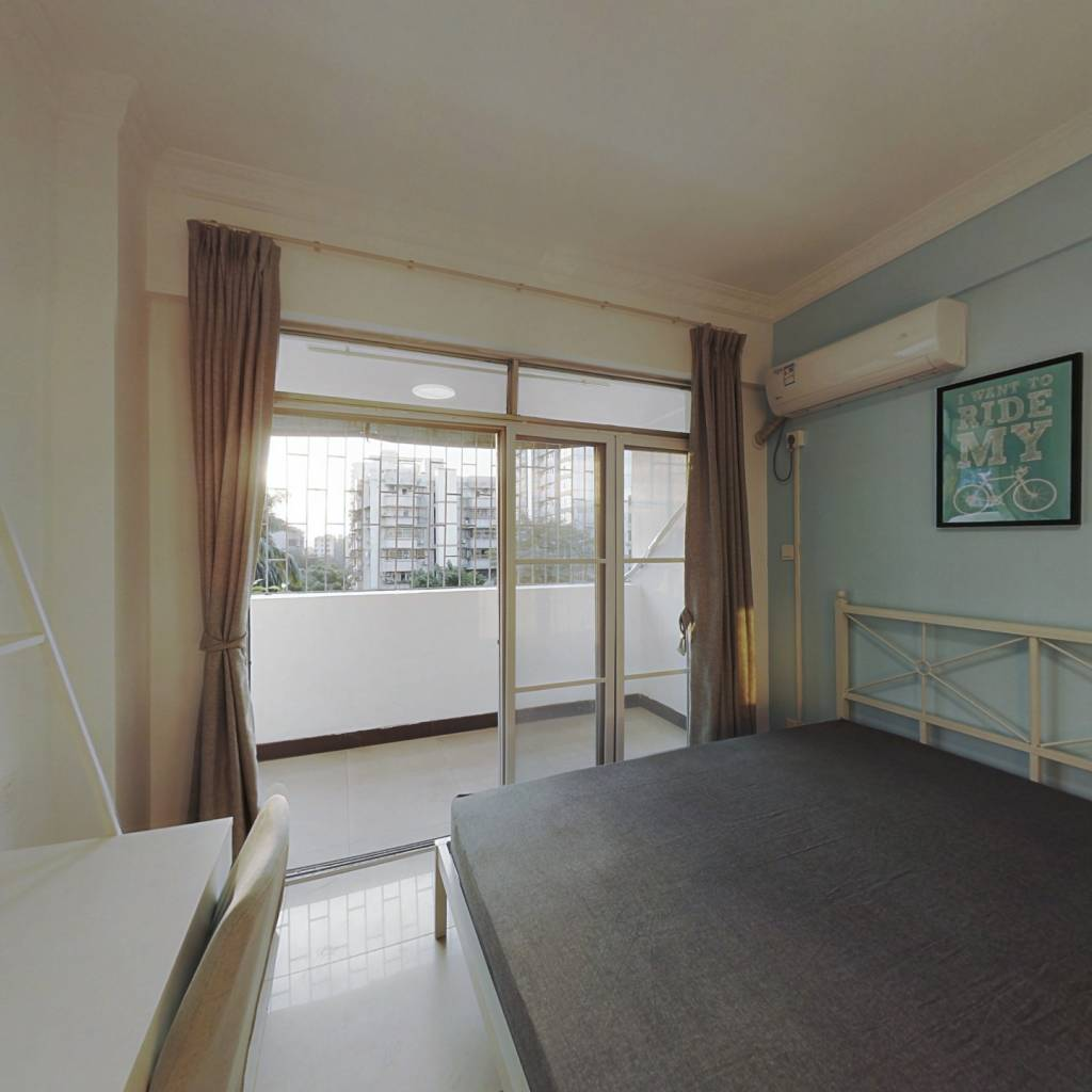 合租·鸿运花园 3室1厅 南卧室图