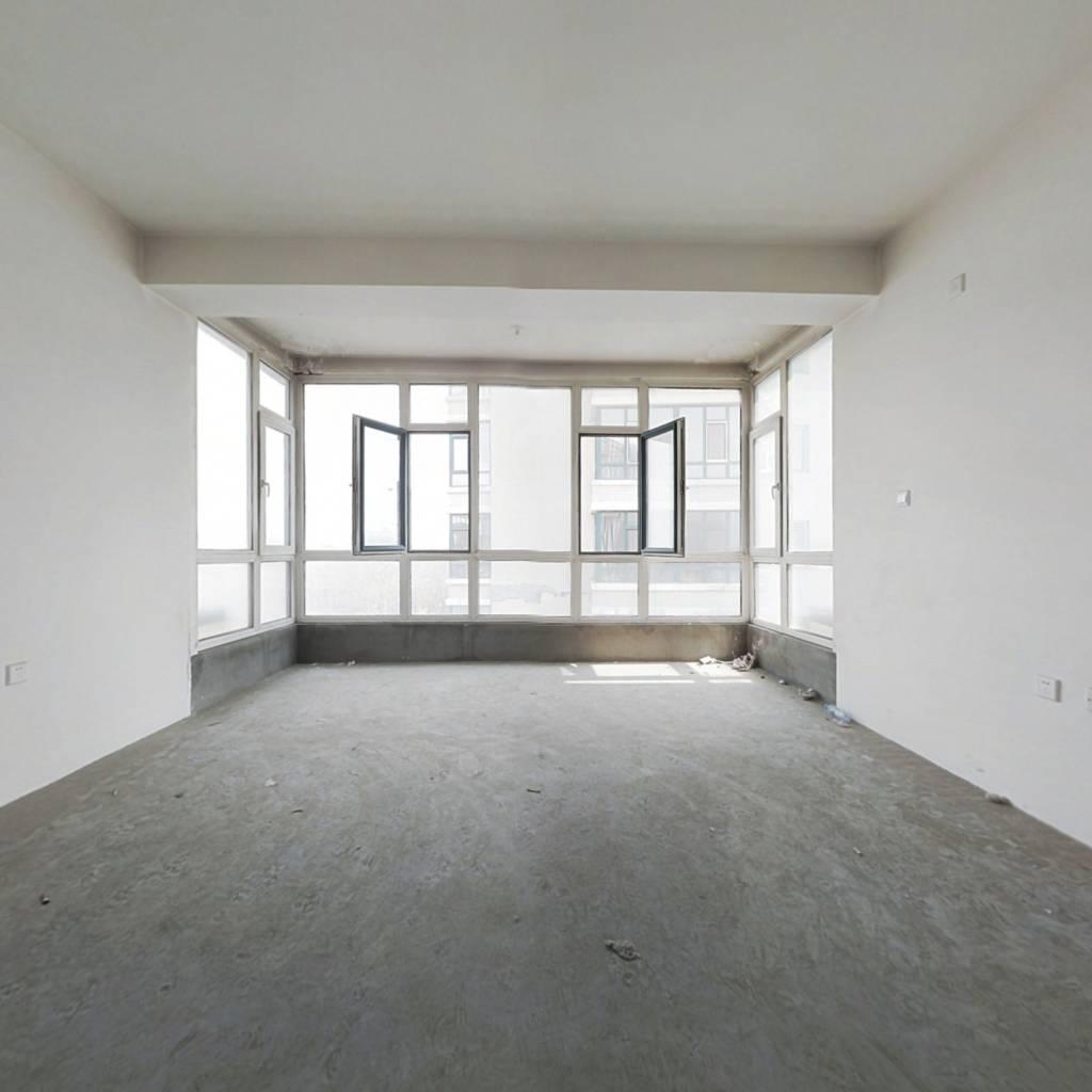 房子6室上边3室下层3室南北通透无冷不挡 格局板正