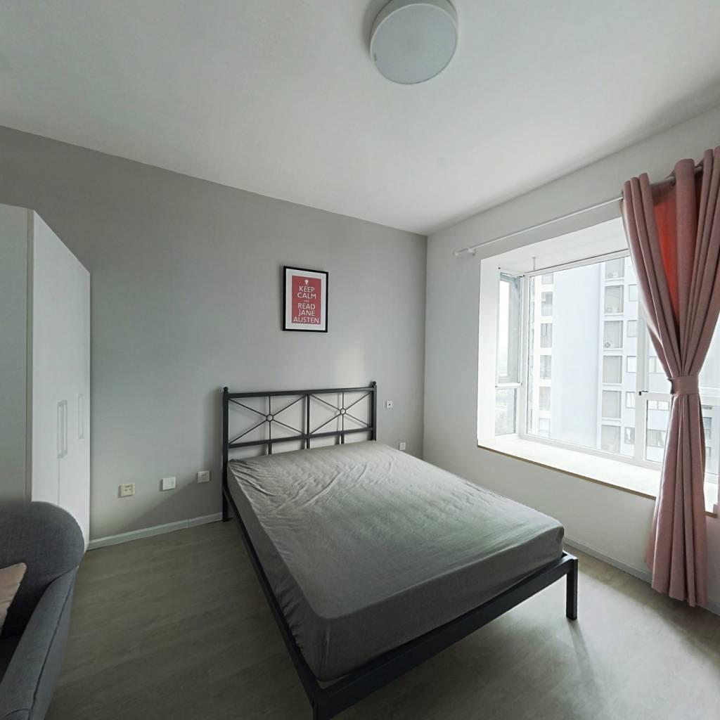 合租·桂溪苑 4室1厅 南卧室图