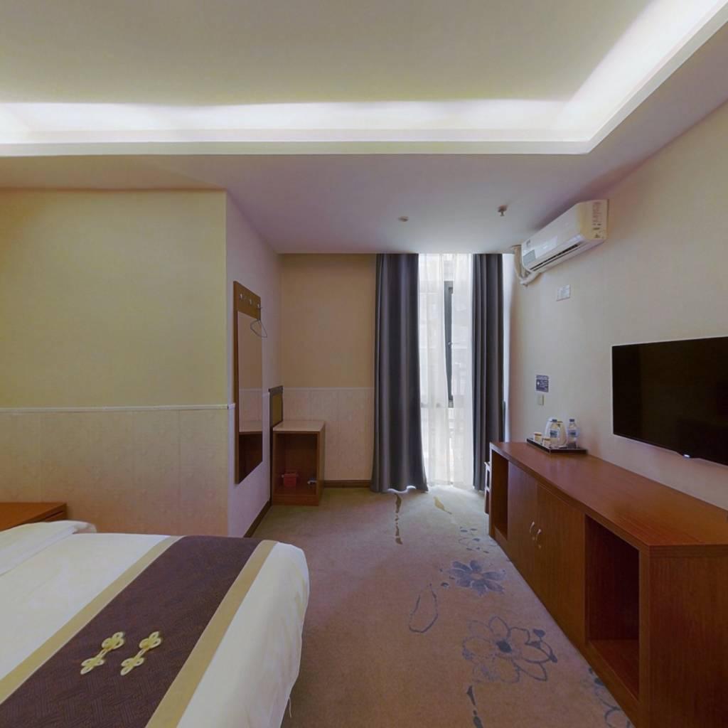 梦想城精装带租约公寓一整层出售 年收租