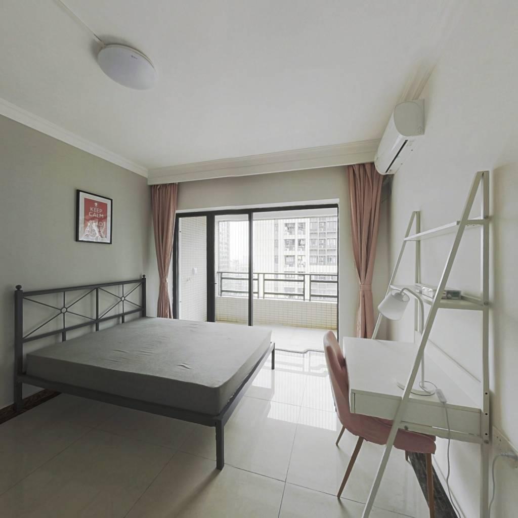 合租·富力东山新天地 4室1厅 西卧室图