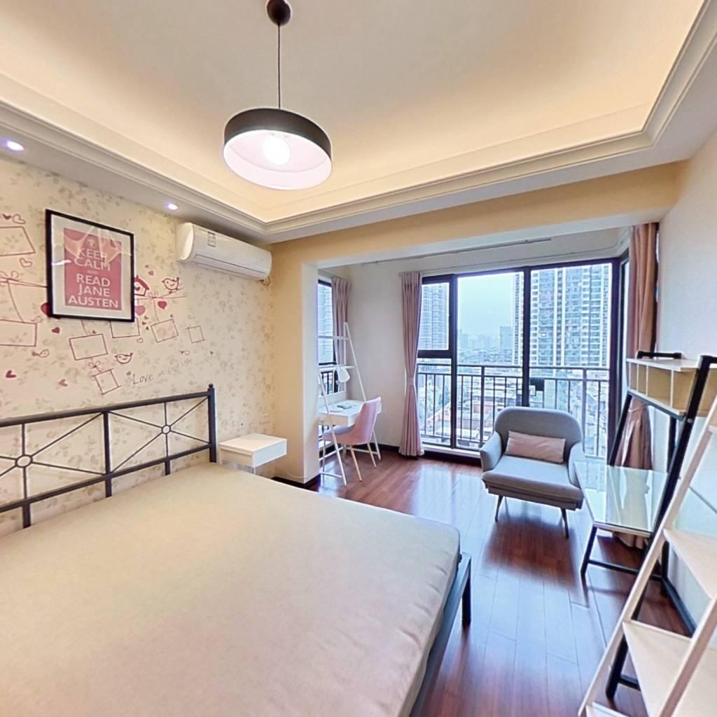 合租·龙湖九里晴川 3室1厅 西北卧室图