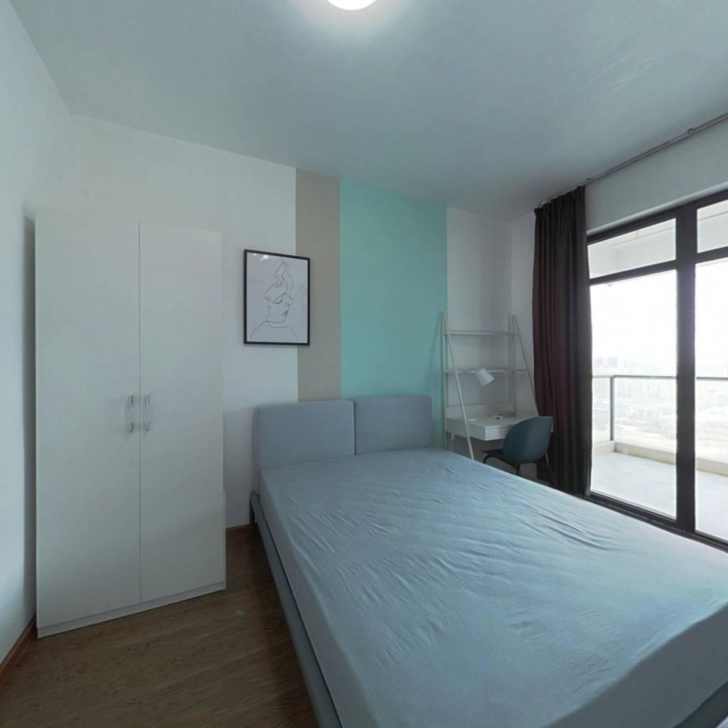 合租·银爵世纪公寓 4室1厅 北卧室图