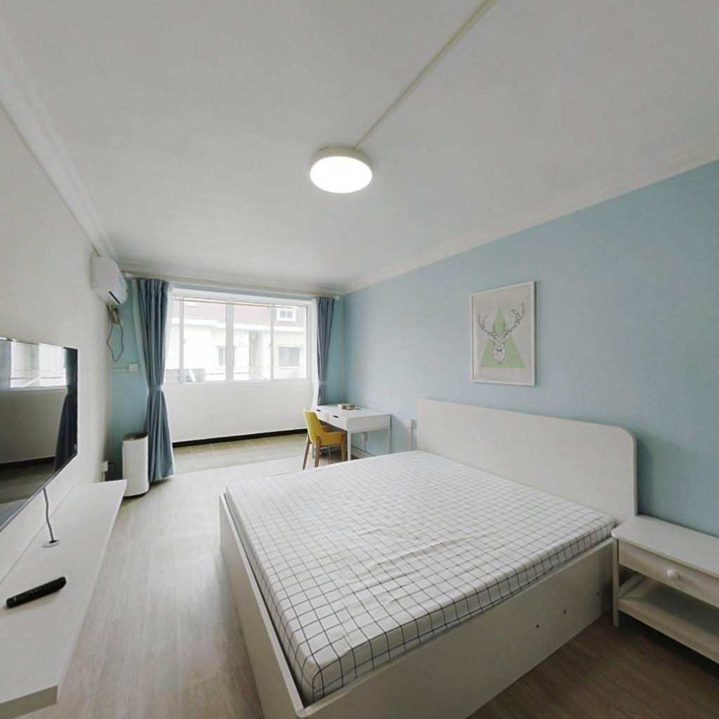 整租·世界路151弄 2室1厅 南卧室图