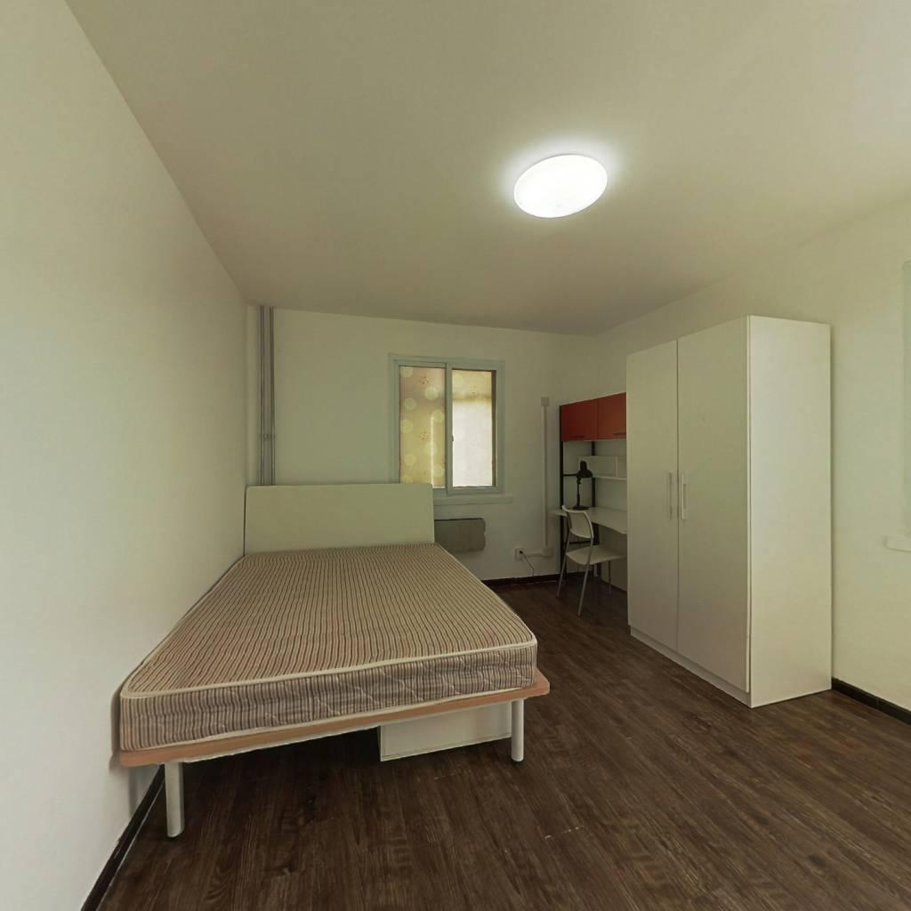 整租·洋桥西里 2室1厅 东南卧室图