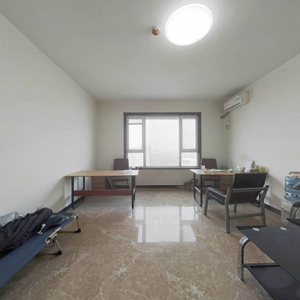 地理 位置优越楼层适中楼精装小公寓急售