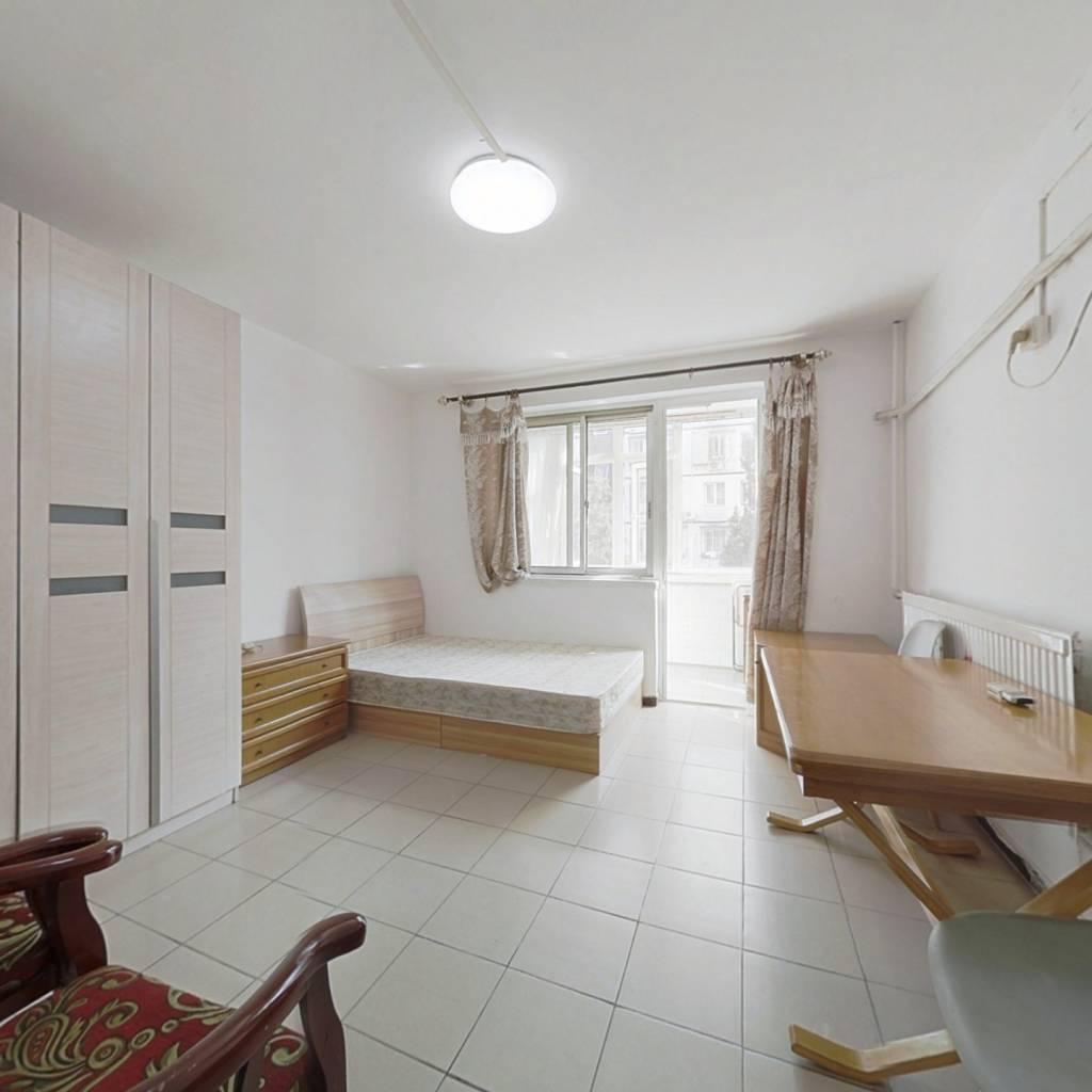 牡丹园西单宿舍 南北通透中间层三居室 不临街