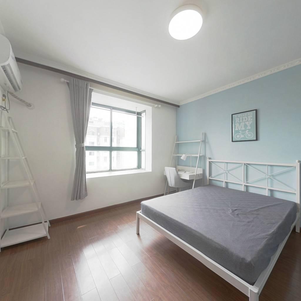 合租·天景山公寓佳福苑 4室1厅 南卧室图