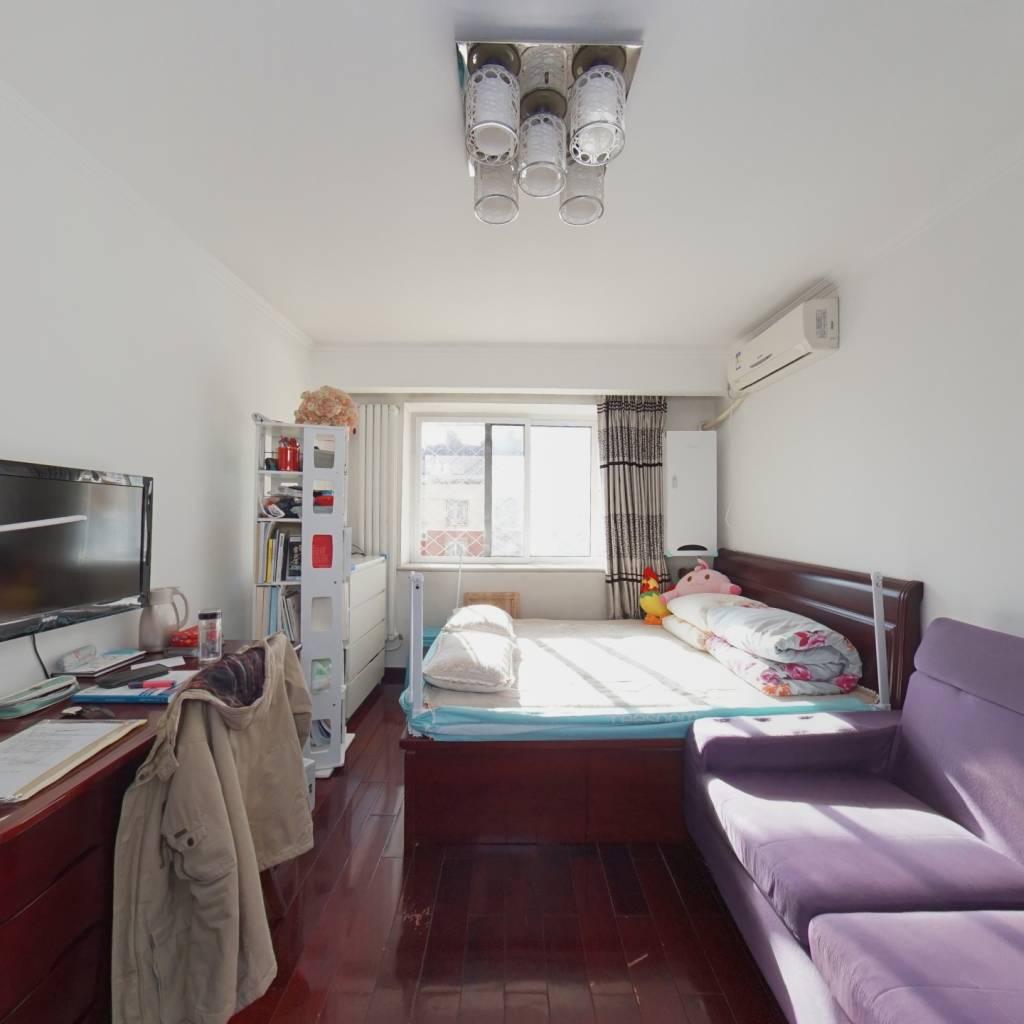 太平桥小区精装全南两居室 明厨明卫 安装的有新风系统