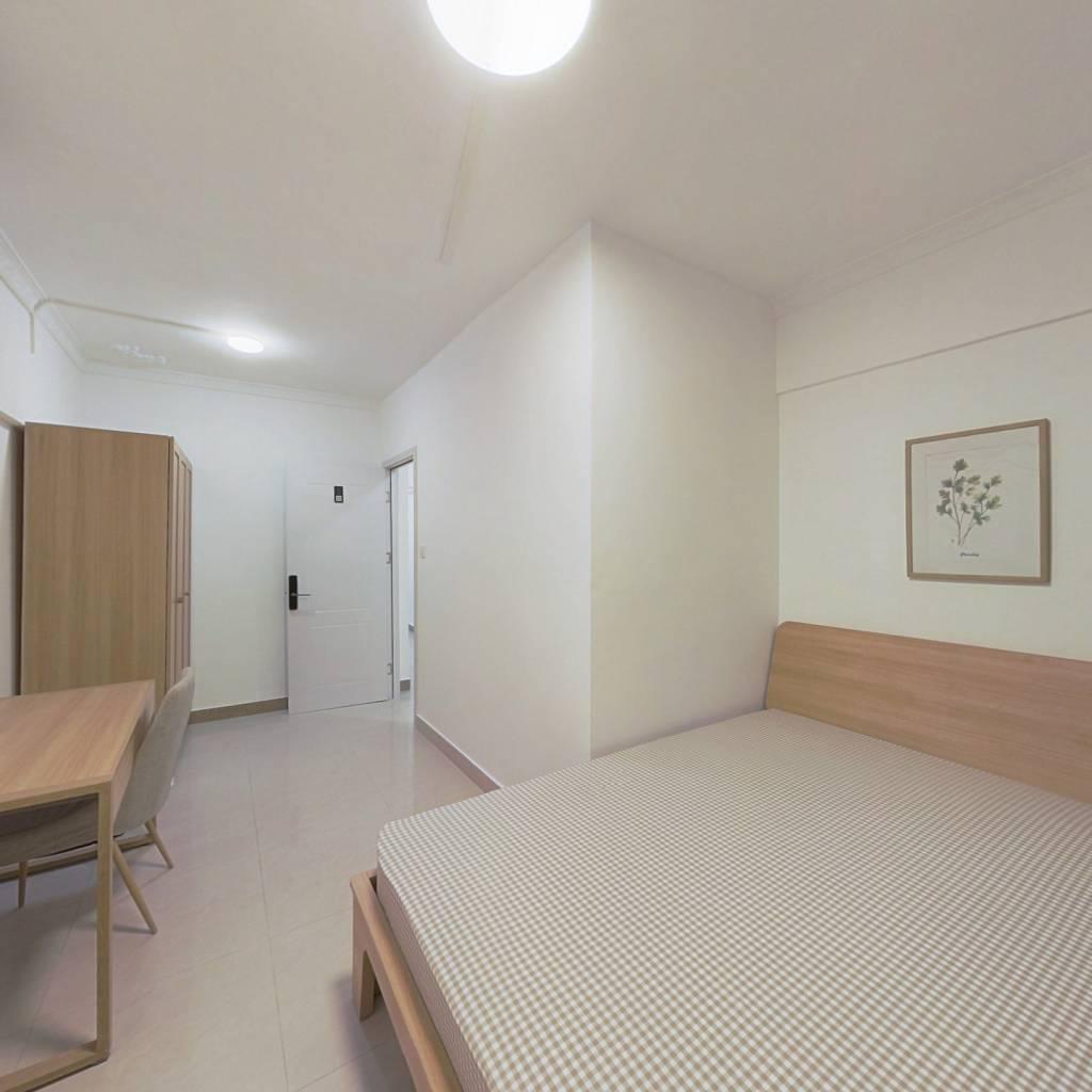 合租·跑马地花园 3室1厅 西卧室图