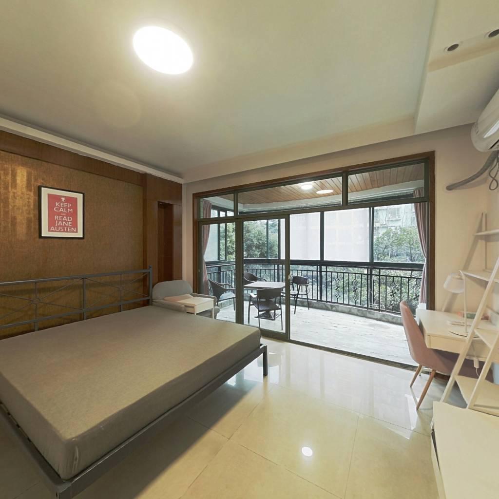 合租·名士公馆 4室1厅 北卧室图