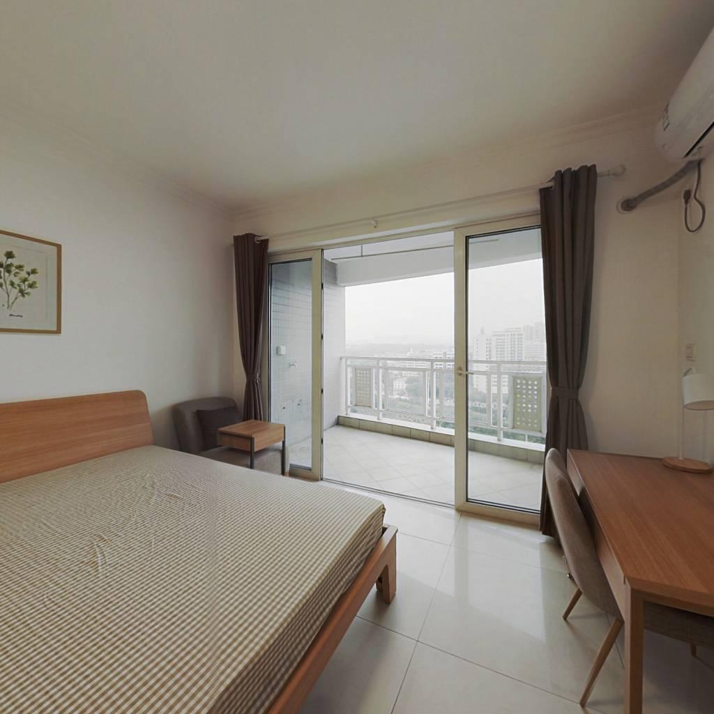 合租·华景新城芳满庭园 4室1厅 东卧室图
