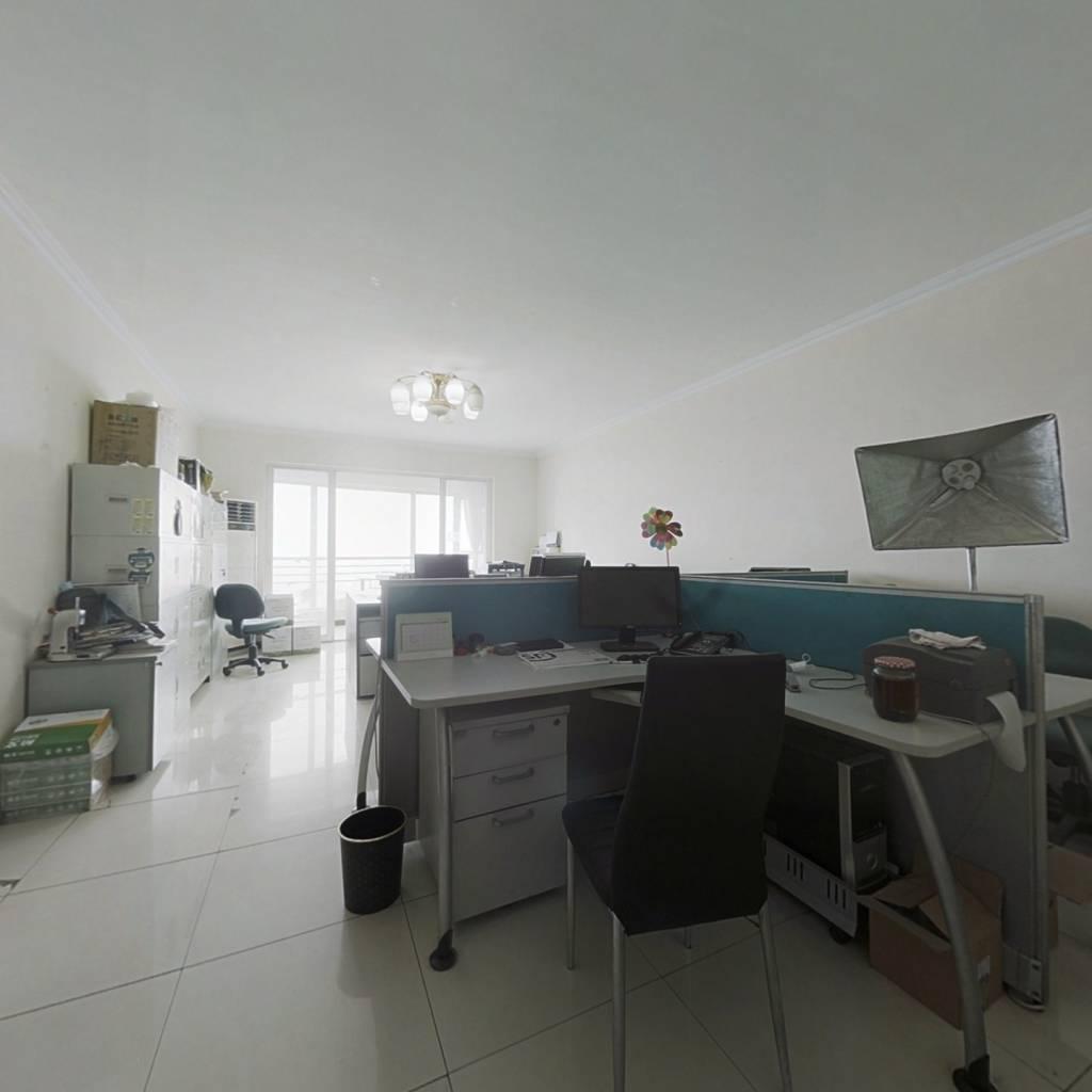 此房全南向三居室,带保姆间,格局方正,随时签约。