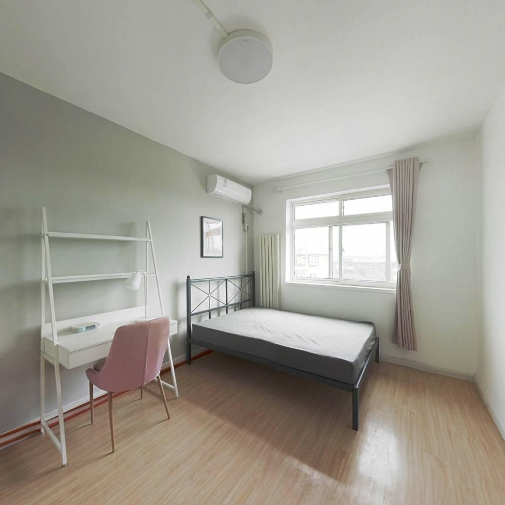 合租·盈江里 2室1厅 北卧室图