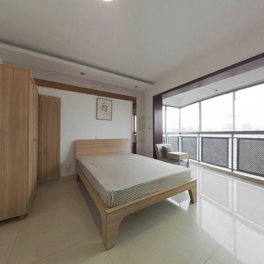 合租·千居朝阳 4室1厅 南卧室图