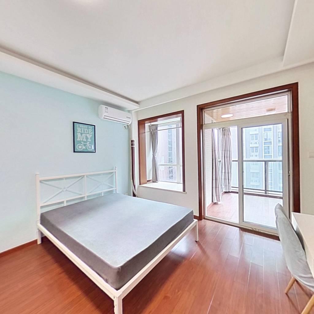 合租·恩威玲珑南域 3室1厅 西卧室图