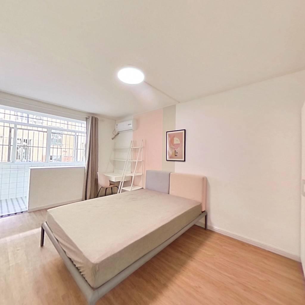 合租·轻工大木桥小区 3室1厅 北卧室图