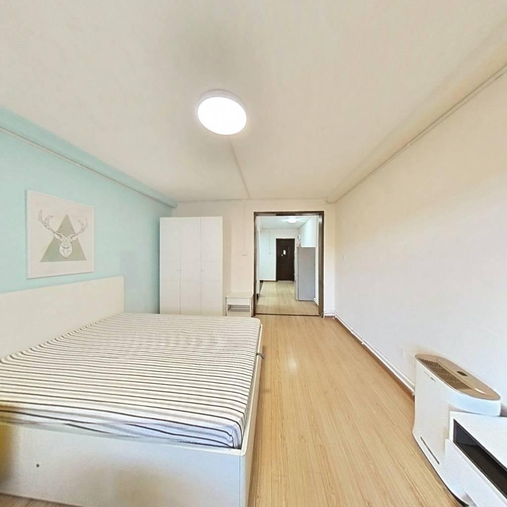 整租·新城小区 1室1厅 南卧室图
