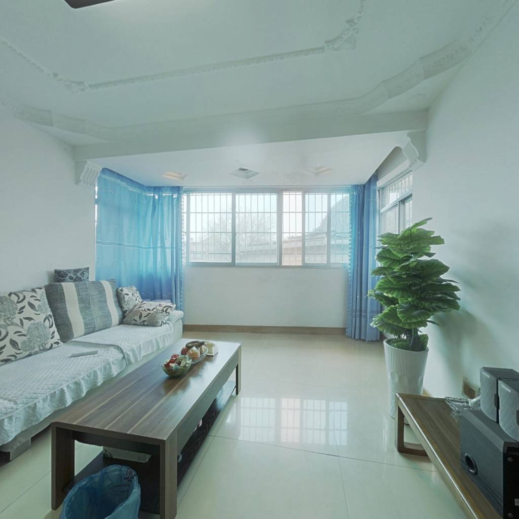 南明区理想家园6跃7 ,4室带屋顶花园
