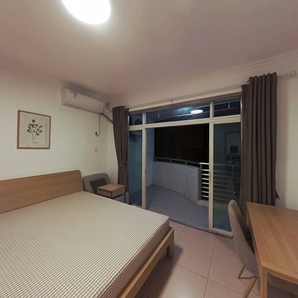 合租·光大花园 4室1厅 西卧室图
