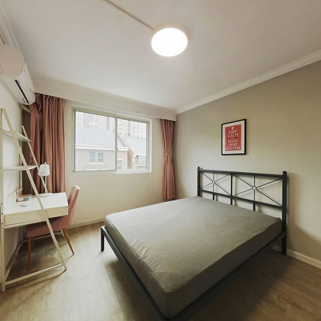 合租·益民公寓 3室1厅 南卧室图