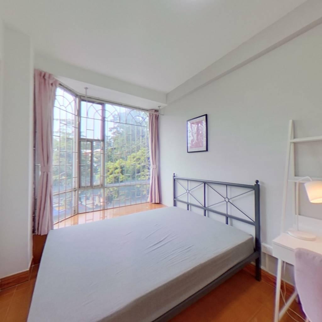 合租·天鹅花苑 3室1厅 北卧室图