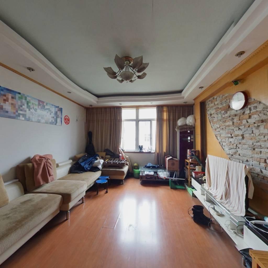 温馨苑CD区 3室2厅 中等装修 采光好