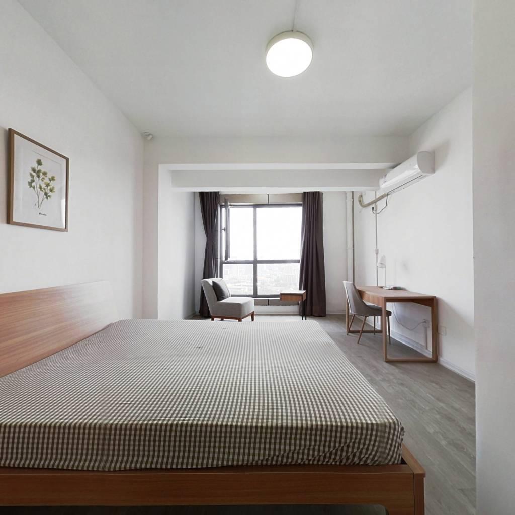 合租·茂宸金座 4室1厅 南卧室图