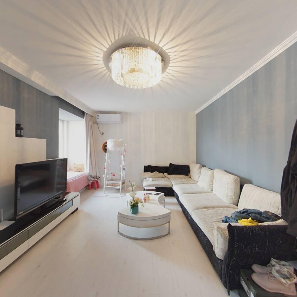 保利百合精装修两居室 南向无遮挡采光充足前方可观景