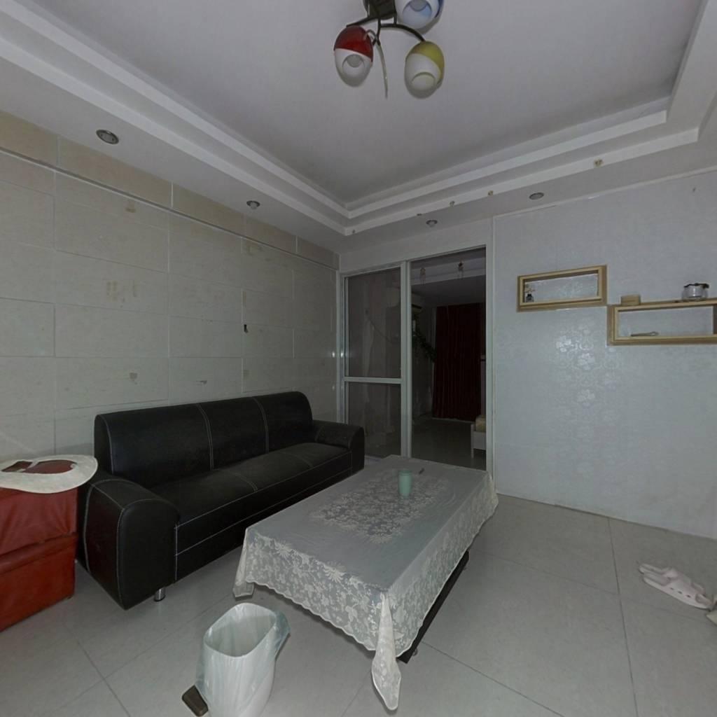 万豪国际公寓 1室1厅 南