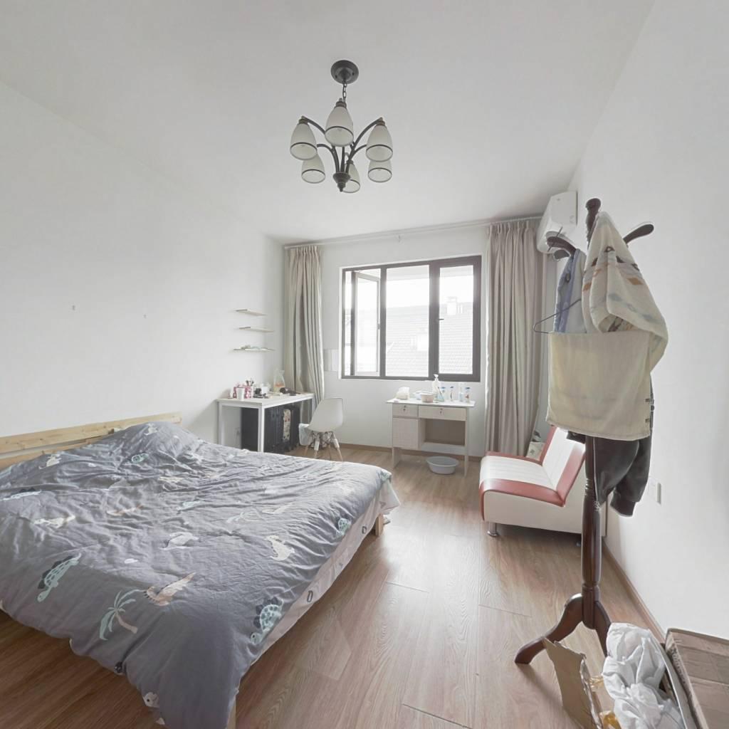 中式花园洋房,带电梯,标准三房两卫,客厅带阳台