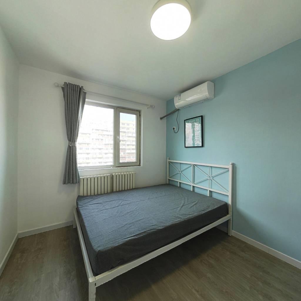 合租·北街家园八区 3室1厅 北卧室图
