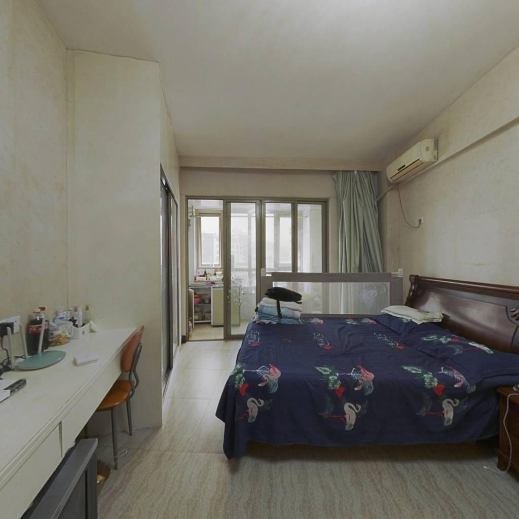 凯福新景苑,单身公寓,价格美丽。