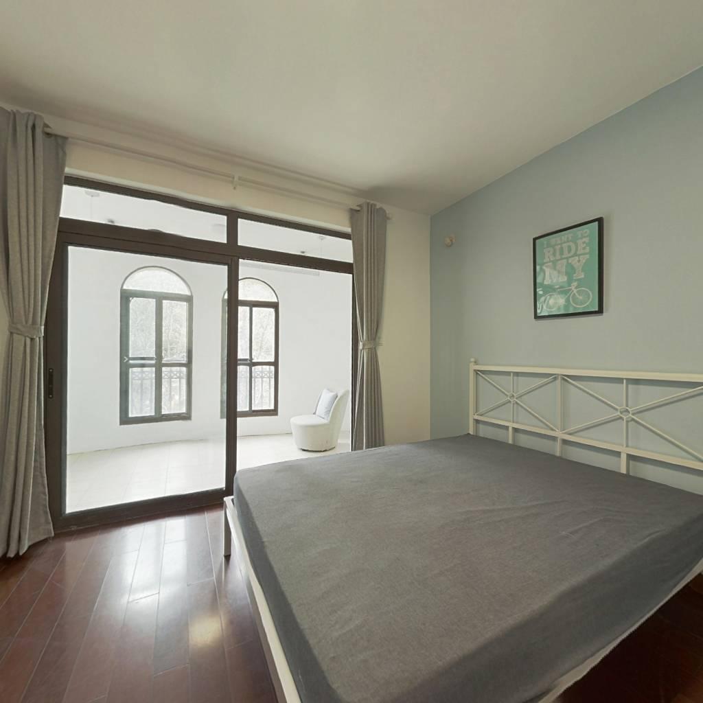 合租·城市经典四期高迪 4室1厅 南卧室图