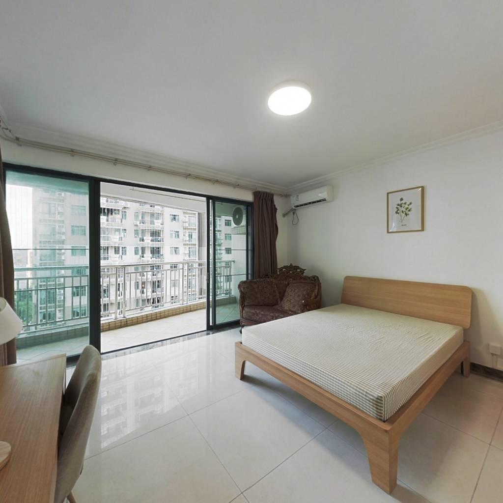 合租·罗马家园 5室1厅 南卧室图