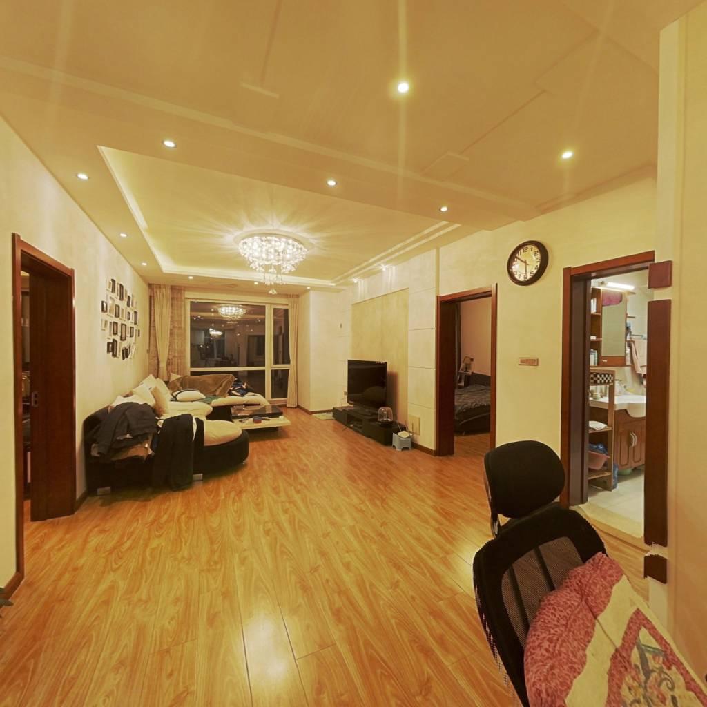 和平长白岛新加坡城多层洋房北卧封露台15平两室变三室