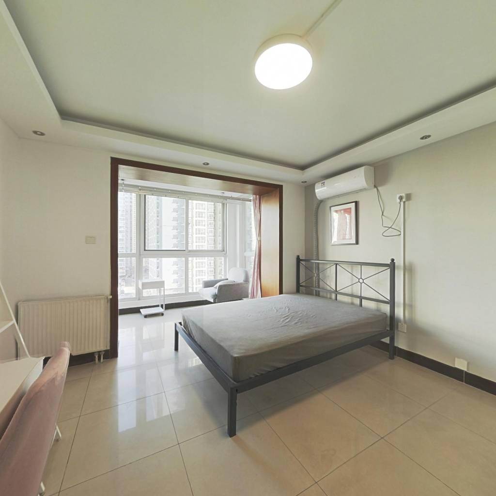 合租·远洋山水 3室1厅 东卧室图
