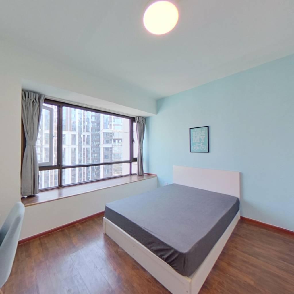 合租·戛纳湾金棕榈 5室1厅 南卧室图