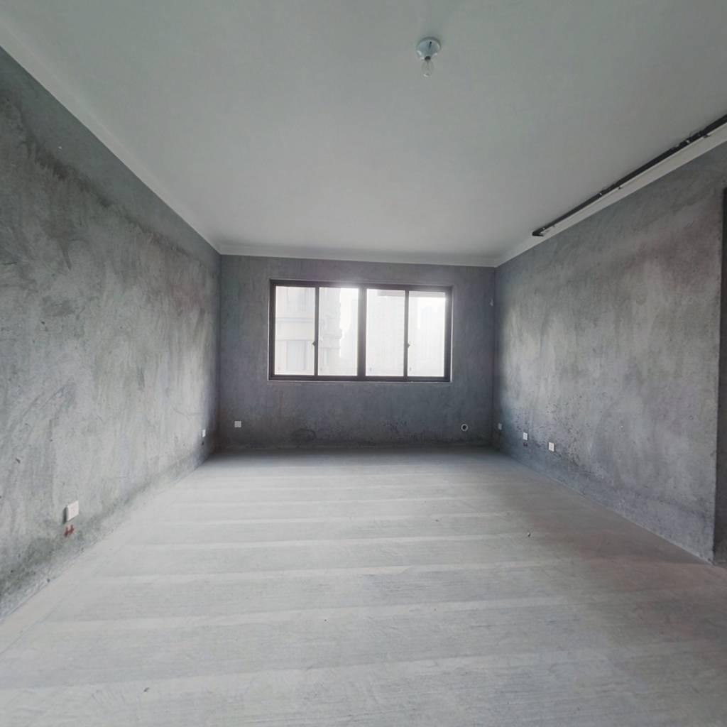 出售半塘广场瓯海区府旁 云泰锦园 户型方正 采光充足