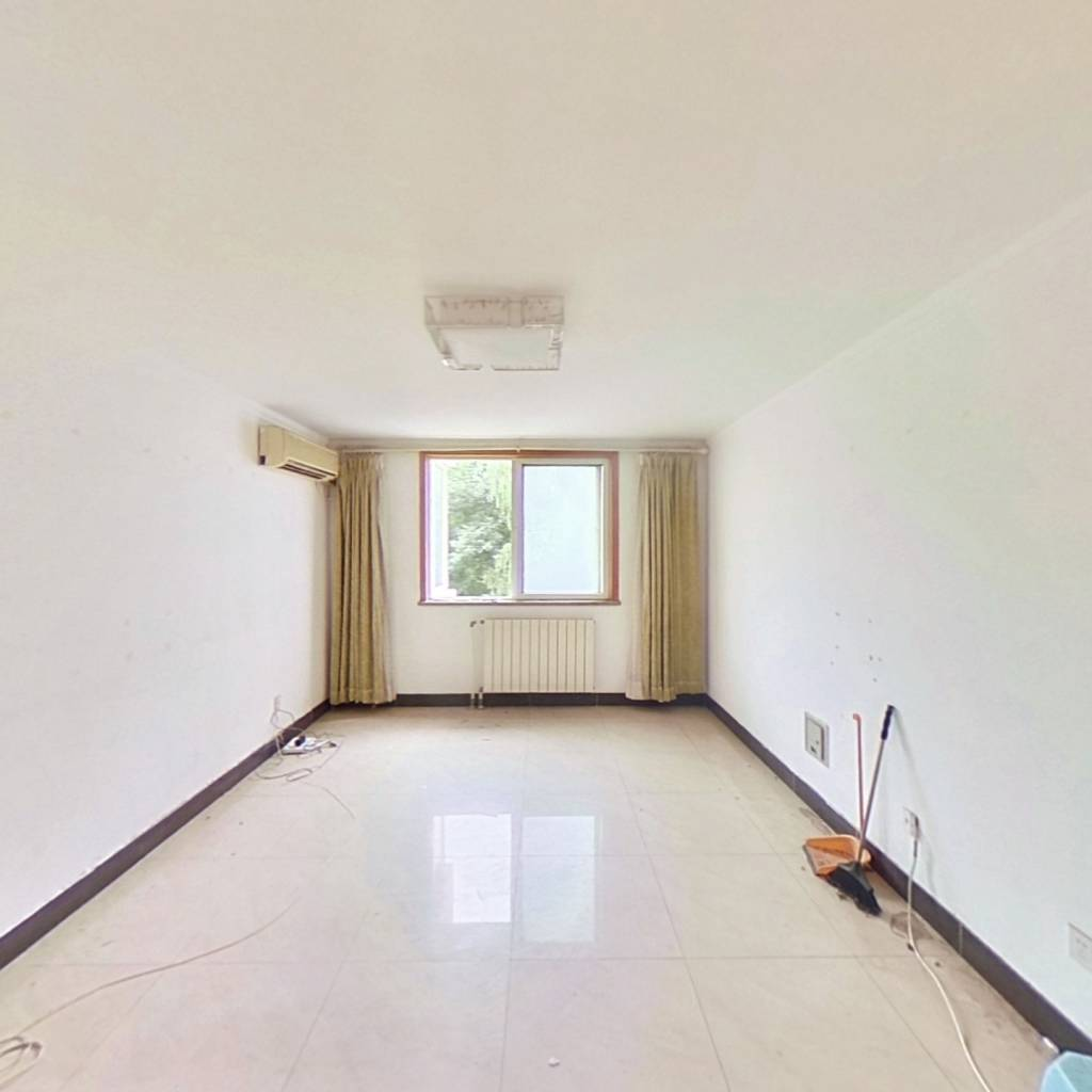 整租·朝阳门南小街 3室2厅 东/西